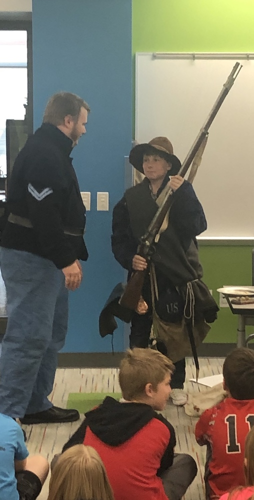 Civil War Unit Is Alive in 5th Grade